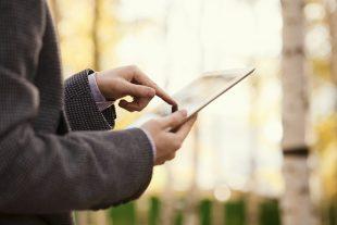 Dzięki nowej aplikacji Playoo Academy rodzic będzie miał stale rękę na pulsie